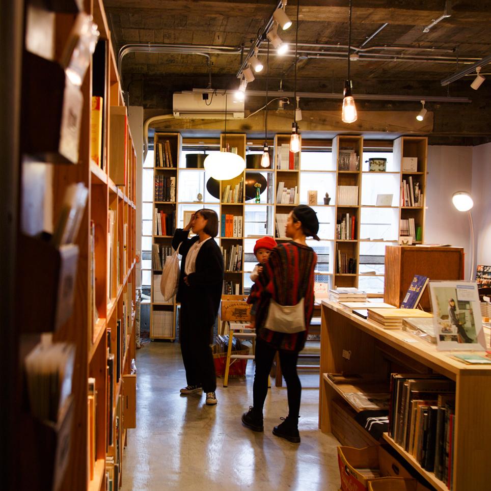 興味の入り口になれる本屋 お店自体が 本 のような存在に books and